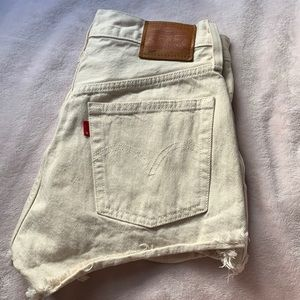 Levi's 501 cream jean shorts
